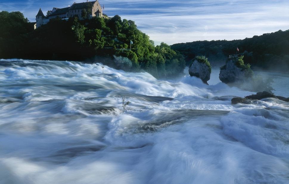 chutes du rhin et ch�teau Laufen (c) Switzerland Tourism By-line-swiss-image.ch-Christof Sonderegger