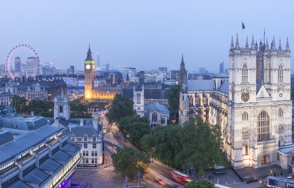 Westminster (c) Visit Britain images - Photographer Julian Elliott