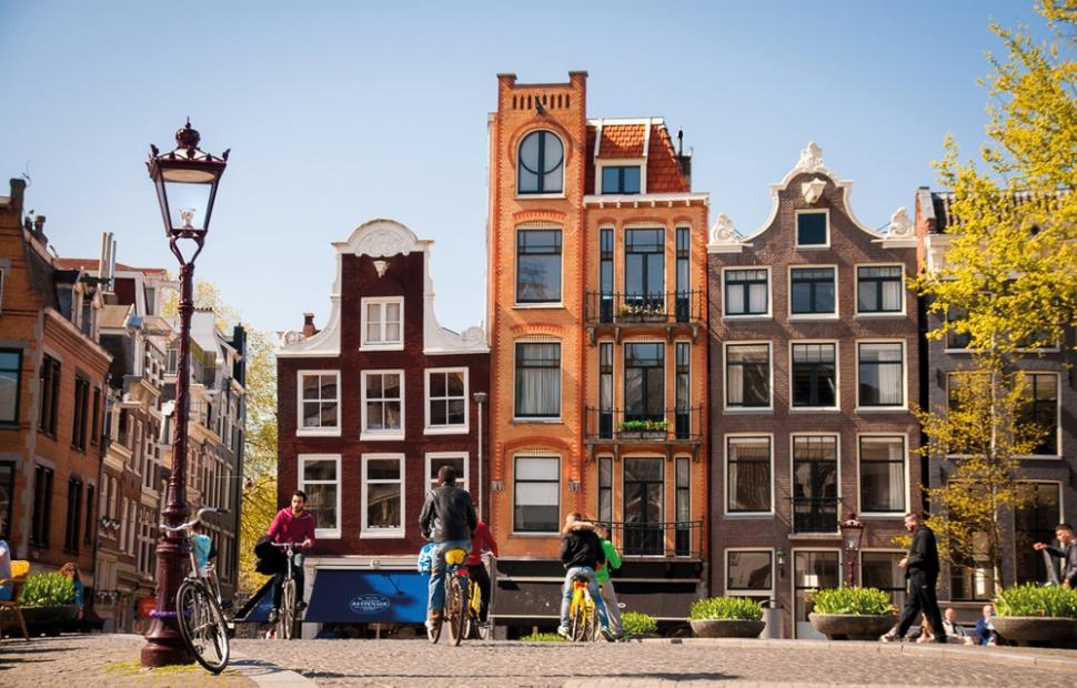 Amsterdam - Canal Houses Amsterdam (Photo by_ Koen Smilde)
